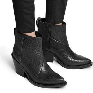 Acne Donna pistol boot size 37 only worn twice
